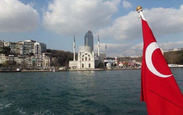 Istambul: um tour entre Europa e Ásia.